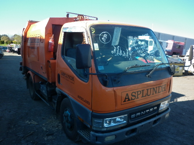 Trucks wrecking - Taranaki Truck Dismantlers parts wrecking